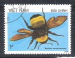 Sellos de Asia - Vietnam -  abejorro RESERVADO