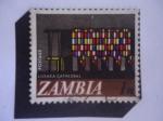 Stamps of the world : Zambia :  Catedral de Zambia - Vitral- Nueva Moneda Digital