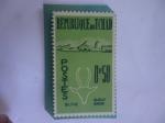 Stamps Chad -  Gacela Dorada y la Ciudad de Biltine - Serie:Animales y Paisajes.