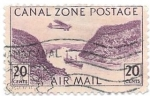 Stamps : America : Panama :  Canal zone postage