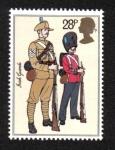 Sellos del Mundo : Europa : Reino_Unido : Uniformes del ejército británico, sargento y guardia (guardias irlandeses, 1900)