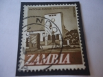 Stamps : Africa : Zambia :  National Museum-Livingstone - Serie: Nueva Moneda decimal