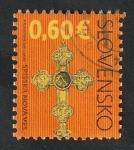 Sellos del Mundo : Europa : Eslovaquia : 547 - Cruz de la iglesia de la Asunción de la Virgen María