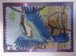 Sellos del Mundo : Oceania : Australia : Socred Kingfisher - Martín Pescador Sagrado (Todiramphus santus) - Vida en el Estanque.