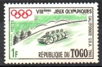 de Africa - Togo -  8th JUEGOS  OLÍMPICOS  DE  INVIERNO,  VALLE  PIEL  ROJA  DE  CALIFORNIA.  TOBOGAN.