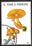 Sellos del Mundo : Africa : Santo_Tomé_y_Principe : Setas - Pholiota spectabilis