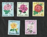 Sellos del Mundo : Asia : Corea_del_norte :  1519 a 1523 - Rosas
