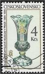 Sellos de Europa - Checoslovaquia -  Museo de Artes y Oficios del Centenario de Praga: cristalería, jarrón bohemio (siglo XVIII)