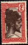 Stamps : Europe : France :  Madagascar - Chef Sakalave-1927