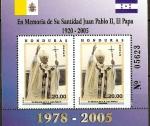 Stamps of the world : Honduras :  EN  MEMORIA  DE  S. S.  JUAN  PABLO  II
