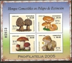 Stamps of the world : Honduras :  HONGOS  COMESTIBLES  EN  PELIGRO  DE  EXTINCIÒN