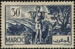 Sellos de Africa - Marruecos -  Pastor y rebaño de cabras que se alimentan de hojas de Arganias Espinosas.