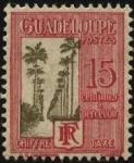 Stamps America - Guadeloupe -  Camino de Palmeras en la isla Allée Dumanoir situada en la comuna de Capesterre.