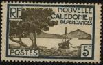 Stamps Oceania - New Caledonia -  Nueva caledonia, archipiélago de Oceanía. Embarcación en la punta de los manglares..