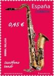 Stamps Europe - Spain -  Instrumentos Musicales. Saxófono Tenor