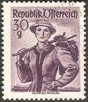 Stamps : Europe : Austria :  886 - traje regional de Salzburg Pongau