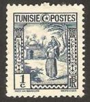 Sellos del Mundo : Africa : Túnez : mujer llevando tinaja