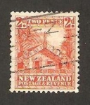 Stamps Oceania - New Zealand -  Vivienda maori