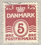 Sellos de Europa - Dinamarca -  corona entre leones