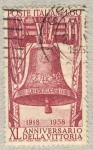 Stamps Italy -  40 anniversario della vittoria nella prima guerra mondiale  Campana dei caduti, a Rovereto