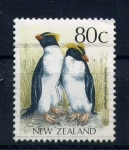 Stamps Oceania - New Zealand -  Pingüino macaroni