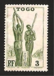 Stamps Africa - Togo -  183 - machacando el mijo
