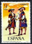 Sellos de Europa - España -  Uniformes militares. Mosqueteros de los Tercios Morados Viejos, año 1694.