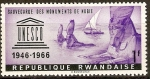 Stamps Africa - Rwanda -  EMBLEMA  DE  LA  UNESCO  Y  ESFINGES