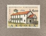 Sellos de Africa - Angola -  Iglesia