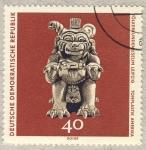 Sellos de Europa - Alemania -  DDR Völkerkundemuseum Leipzig  Tonplasttik Amerika