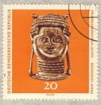 Stamps Europe - Germany -  DDR Völkerkundemuseum Leipzig  Bronzekopf Afrika