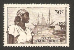 Sellos del Mundo : America : Guadeloupe : puerto de basse terre