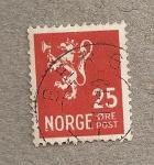 Sellos del Mundo : Europa : Noruega : Escudo león con hacha