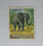 Sellos del Mundo : Africa : Angola : Animales. Elefante.