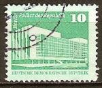 Sellos de Europa - Alemania -  Fuente de Neptuno y Ayuntamiento,Berlín-DDR.