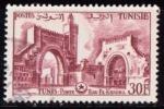 Sellos del Mundo : Africa : Túnez :  Puerta Bab el Khadra
