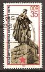 Sellos de Europa - Alemania -  Monumento a la liberación de los Altos de Seelow-DDR.