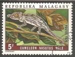 Sellos del Mundo : Africa : Madagascar : Camaleon nasutus male-hombre camaleon