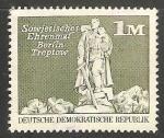 Sellos del Mundo : Europa : Alemania : Sowjetisches Ehrenmal Berlin Treptow- Monumento de Guerra Soviético