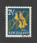 Sellos de Oceania - Nueva Zelanda -  kowhai, planta leguminosa y leñosa