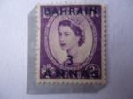 Sellos de Asia - Bahrein -  Queen Elizabeth II - (3 Annas sobre sello Británico de 3d)