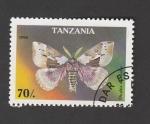 Sellos de Africa - Tanzania -  Dirphia multicolof