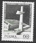 Sellos de Europa - Polonia -  1877 - Monumento para los Soldados Polacos y Antifascistas Alemanes en Berlín