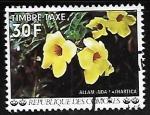Sellos del Mundo : Africa : Comores : Flores - Alamanda cathartica