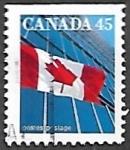 Sellos de America - Canadá -  Bandera y edificio