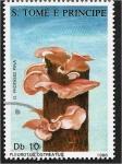 de Africa - Santo Tomé y Principe -  Hongos 1988, Pleurotus ostreatus