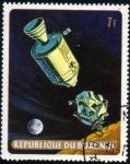 Sellos del Mundo : Africa : Burundi : Apolo 11: acoplamiento del modulo de mando Columbia y modulo lunar Eagle