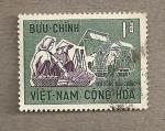 Sellos de Asia - Vietnam -  llevando productos